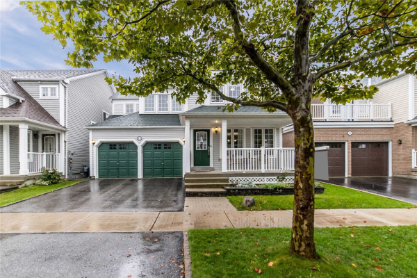 13 Donahoe Ave, Ajax