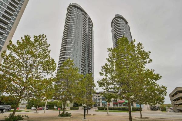 135 Village Green Sq, Toronto