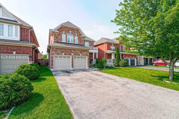 54 Gabrielle Cres, Whitby