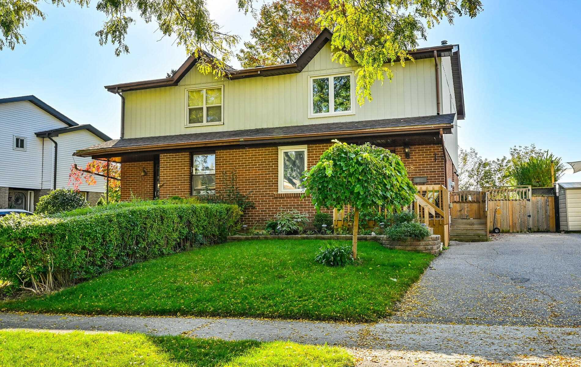 68 Renfield Cres, Whitby