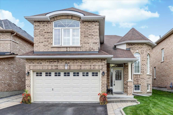 23 Roma Dr, Whitby