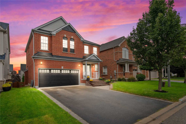 23 Teardrop Cres, Whitby