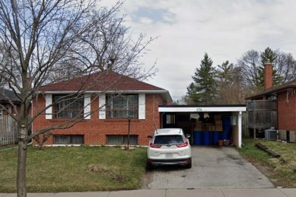 176 Brimorton Dr, Toronto