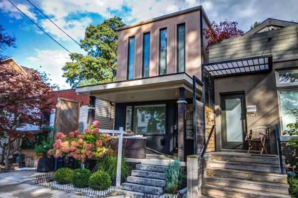 1123 Craven Rd, Toronto