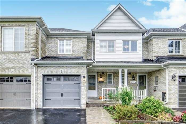 4 Hubbell Dr, Whitby