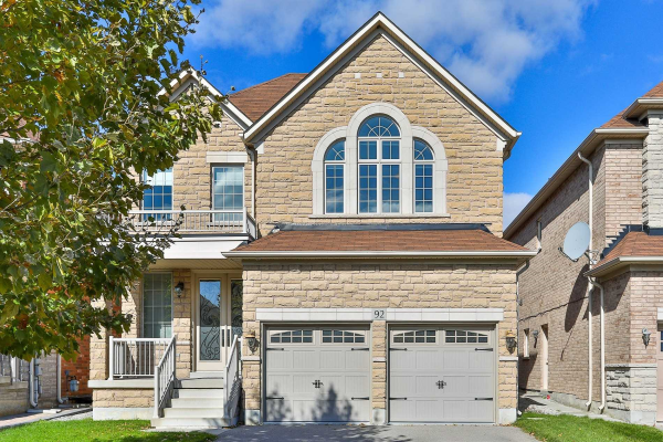 92 Shelbourne Dr, Vaughan