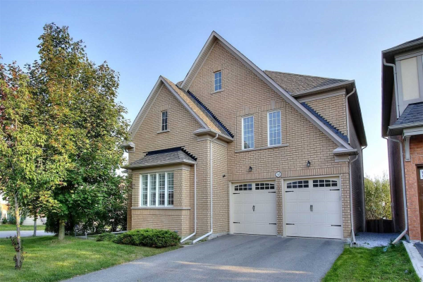 52 Hayfield Cres, Richmond Hill
