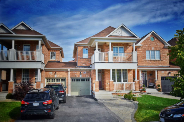 34 Juglans Cres, Whitchurch-Stouffville