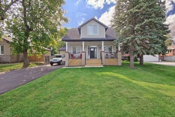 770 Queen (Lower) St, Newmarket