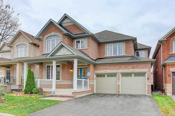 18 Golden Meadow Dr, Markham