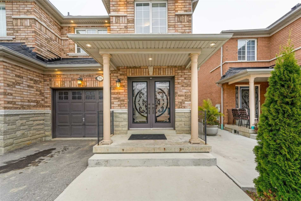 74 Echo Ridge Cres, Vaughan