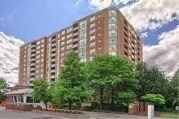 850 Steeles Ave W, Vaughan