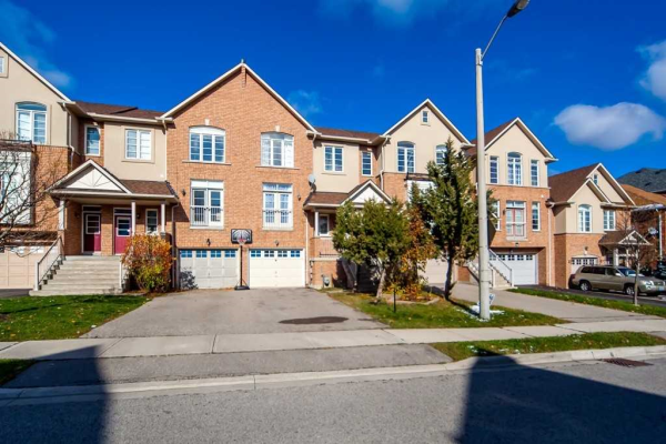 30 Mintwood Rd, Vaughan