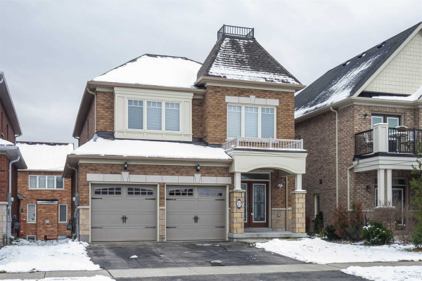 27 Andrew Green Cres, Whitchurch-Stouffville