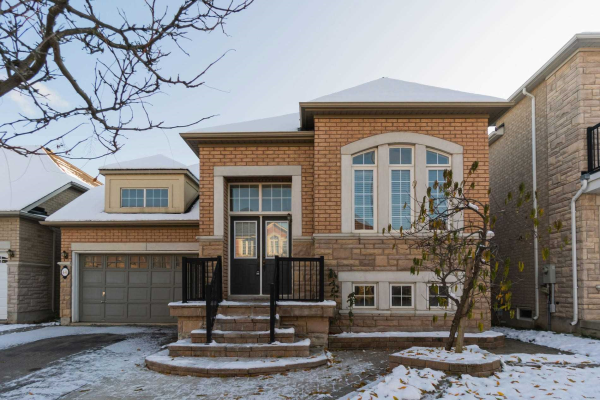 48 Brass Dr, Richmond Hill