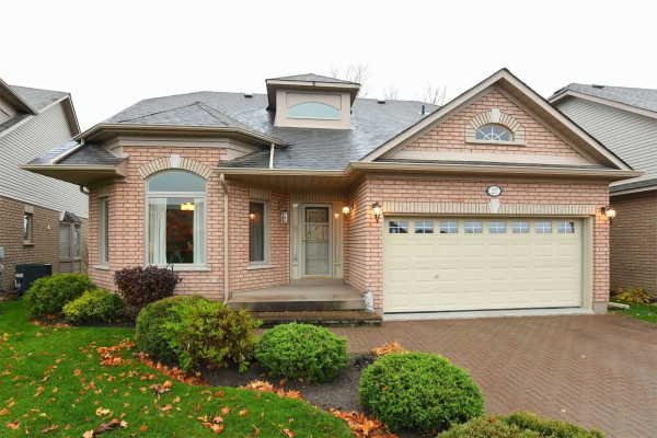 27 Bella Vista Tr, New Tecumseth