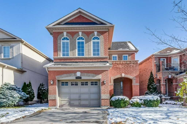 43 Willow Tree St, Vaughan