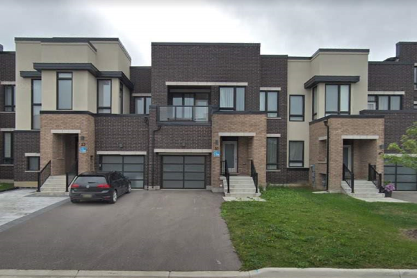 51 Helliwell Cres, Richmond Hill