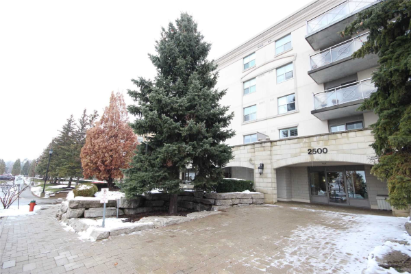 2500 Rutherford Rd, Vaughan