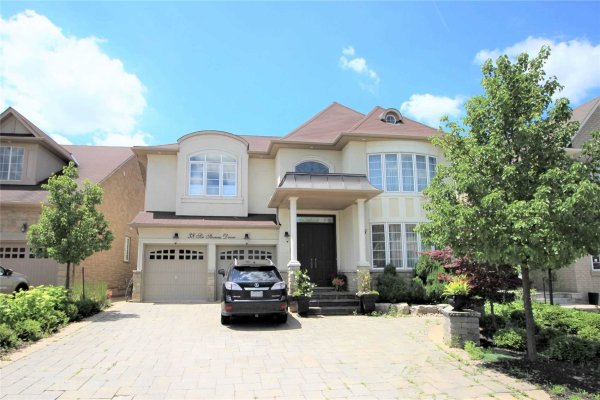 38 Sir Stevens Dr, Vaughan