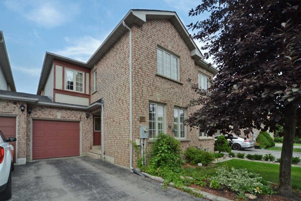 137 Pinedale Gate, Vaughan