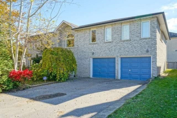 331 North Lake Rd, Richmond Hill