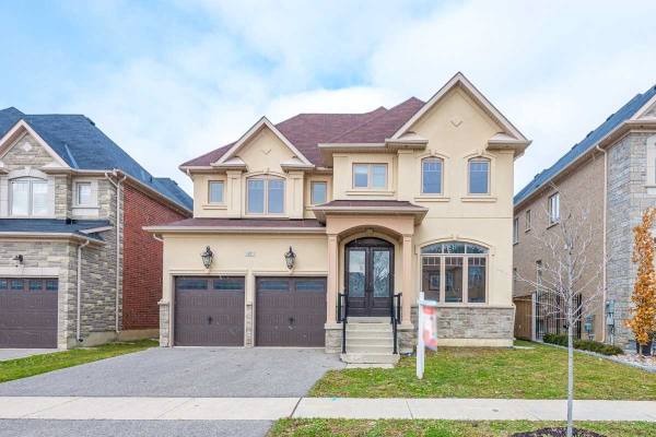 82 Puccini Dr, Richmond Hill