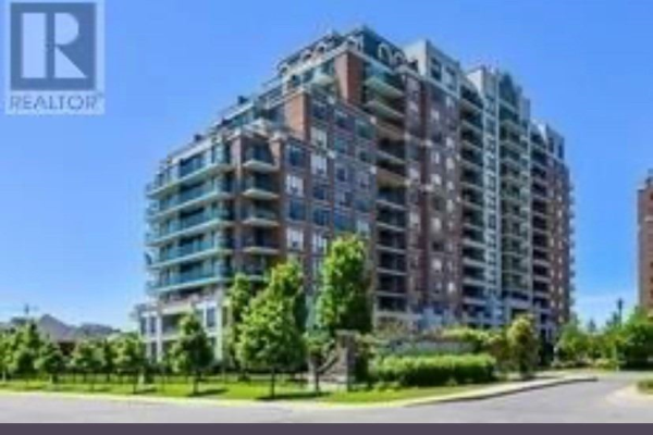 310 Red Maple Rd S, Richmond Hill