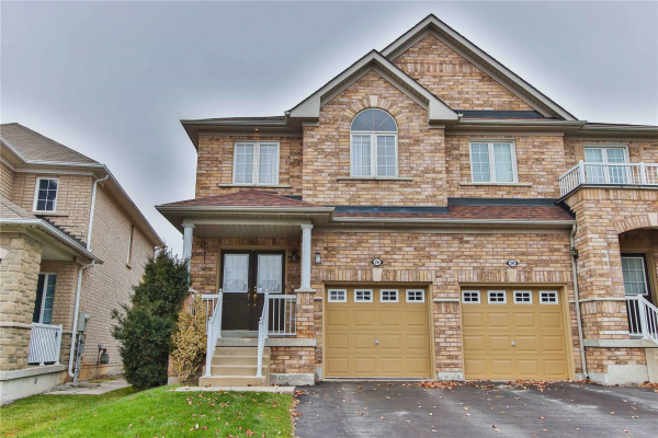 26 Martini Dr, Richmond Hill