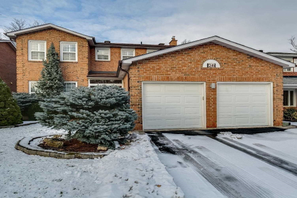 26 Lippincott Crt, Richmond Hill