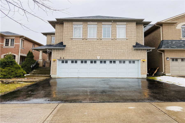 61 Futura Ave, Richmond Hill