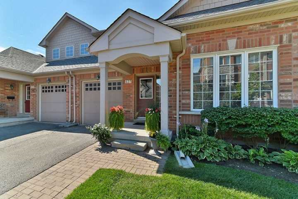 127 Louisbourg Way, Markham