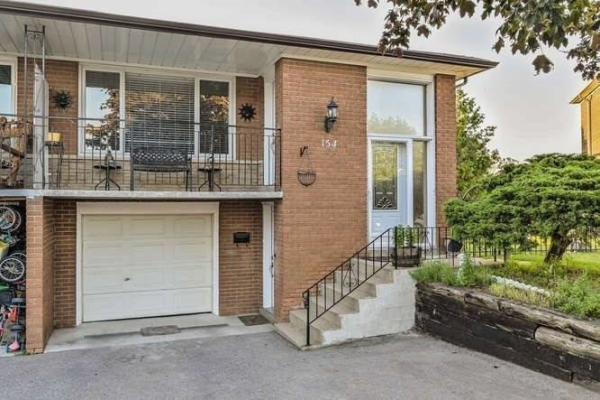 154 Rainbow Dr, Vaughan