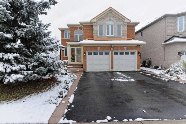 18 Farmstead Rd, Richmond Hill
