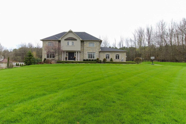 33 Sherwood Glen, East Gwillimbury