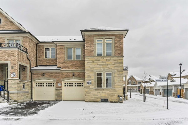 18 Twinflower Lane, Richmond Hill