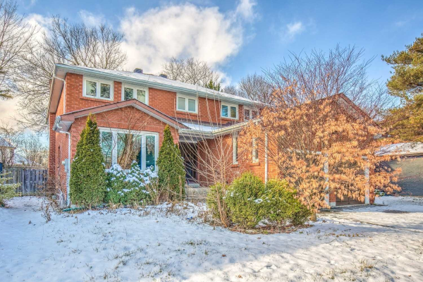 10 Sala Dr, Richmond Hill