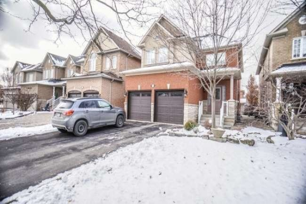 14 Mazzone Dr, Vaughan