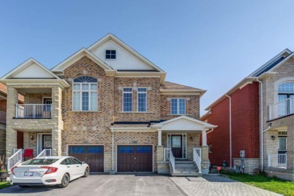 31 Retreat Blvd, Vaughan