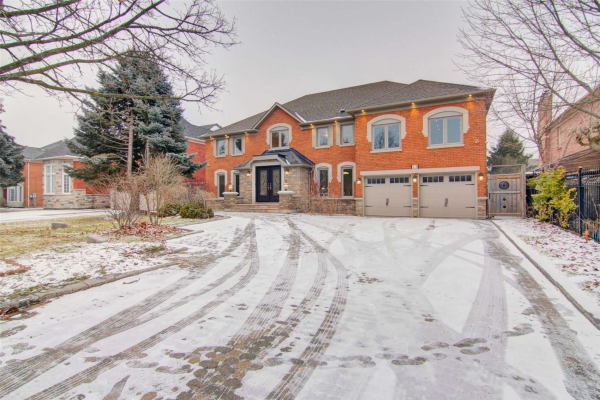 23 Elderwood Dr, Richmond Hill