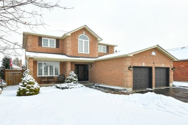 38 Gray Ave, New Tecumseth
