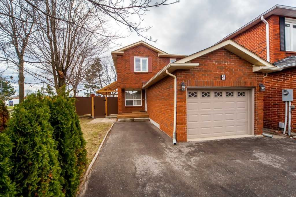4 White Blvd, Vaughan