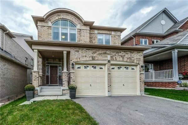 93 Old Field Cres, Newmarket