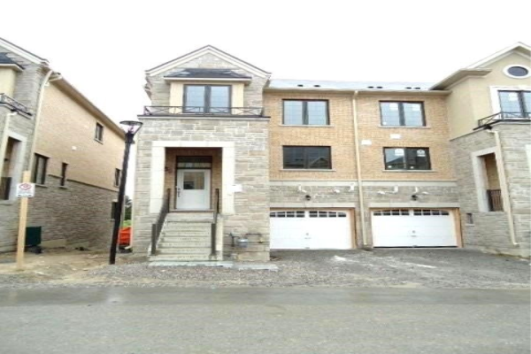 49 Milbourne Lane, Richmond Hill