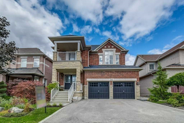 124 Lormel Gate, Vaughan