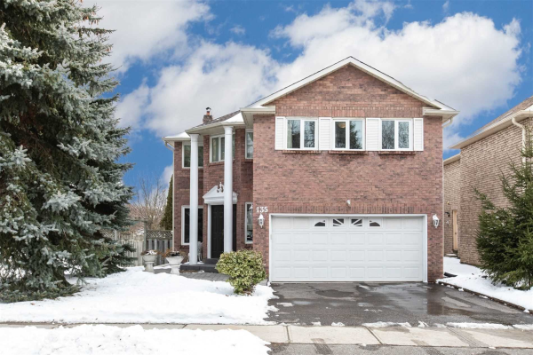 135 Old Surrey Lane, Richmond Hill