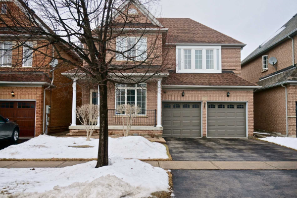 124 Dufferin Hill Dr, Vaughan