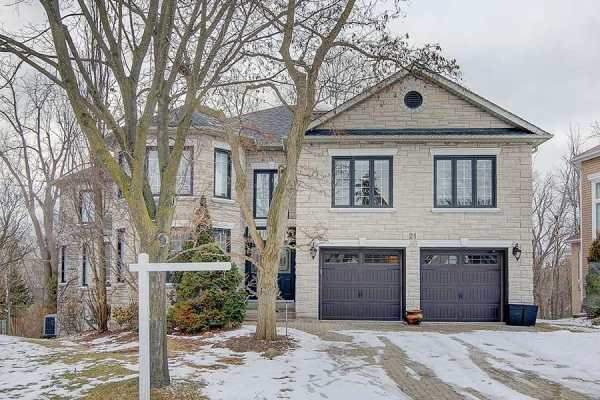 21 Palace Crt, Richmond Hill
