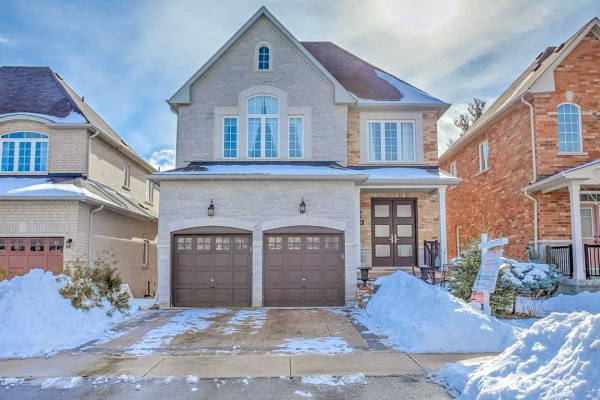 141 Timber Valley Ave, Richmond Hill