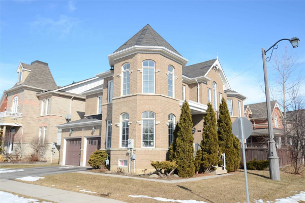 9 Boswell Rd, Markham